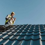Should You Buy That house With An Old Roof?